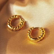 Saturday basics 💛🐝 live, love, laugh #itsmieljewelry